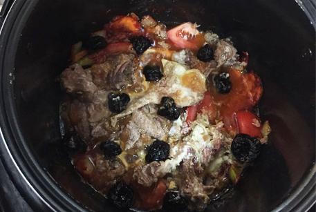 Рецепт второго блюда с тушенкой