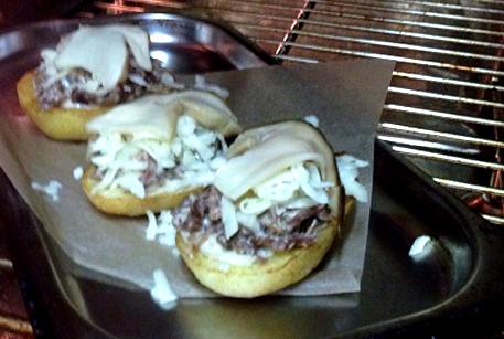 Картофель с мясом и грибами в духовке