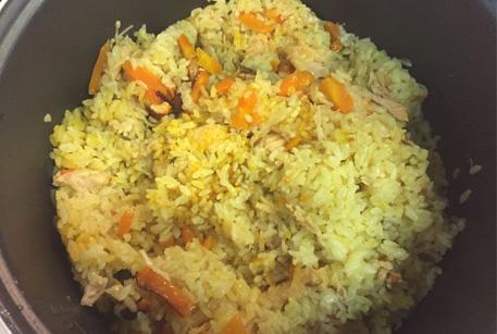 Рис с курицей в мультиварке – рецепт с тушенкой