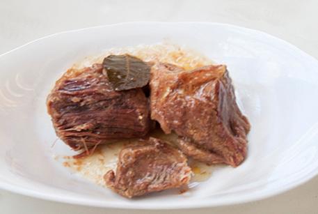 Тушенка из говядины Войсковой Спецрезерв для салата по-мексикански